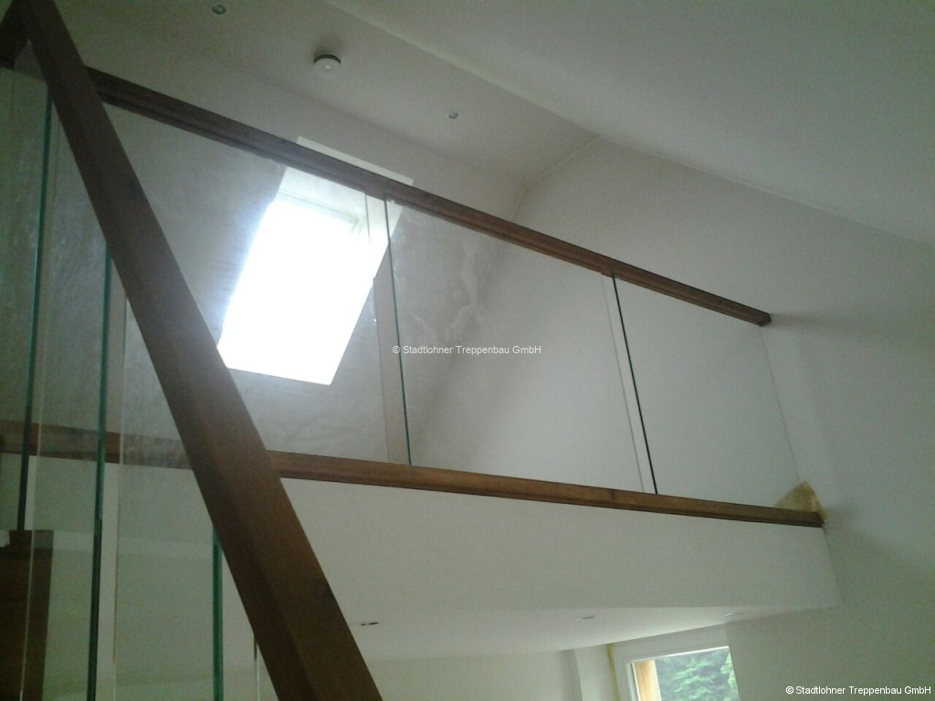 Glasgelaender-09
